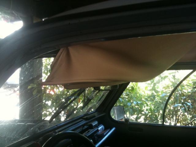 tuto monter un toit ouvrant de twingo moteur forum 4l. Black Bedroom Furniture Sets. Home Design Ideas